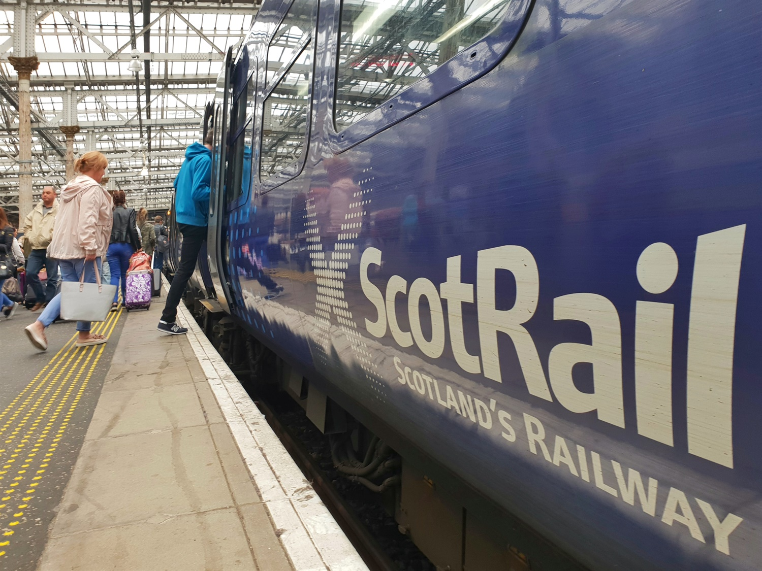 ScotRail issued second formal warning over performance in two months by Scottish Government