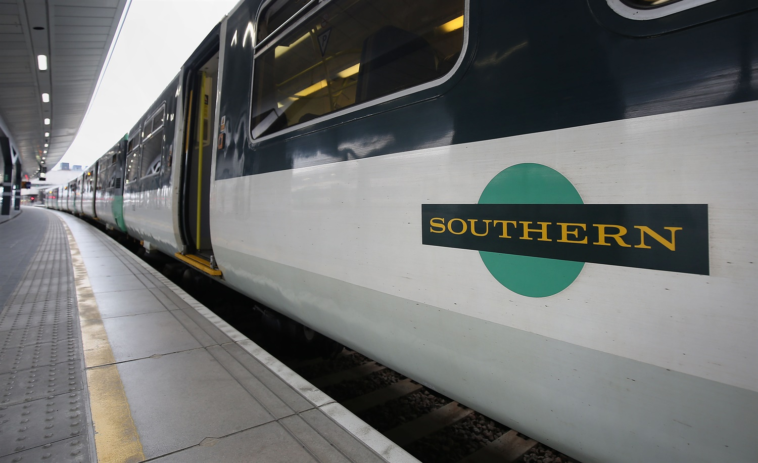 Go-Ahead profits slump under poor Southern performance