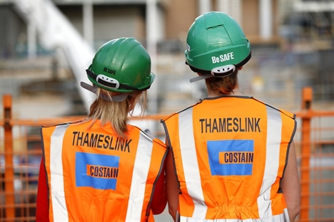 Thameslink rolling stock delivery 'demanding and risky' – MPs
