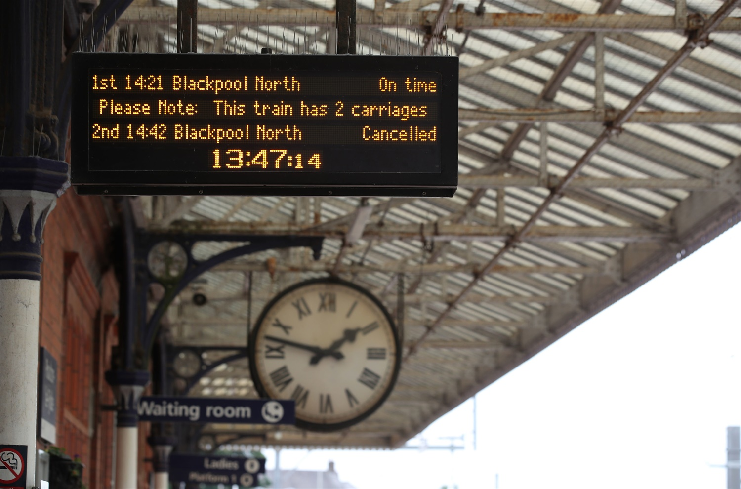 'Disappointed' rail industry reacts to scrapped December timetable changes