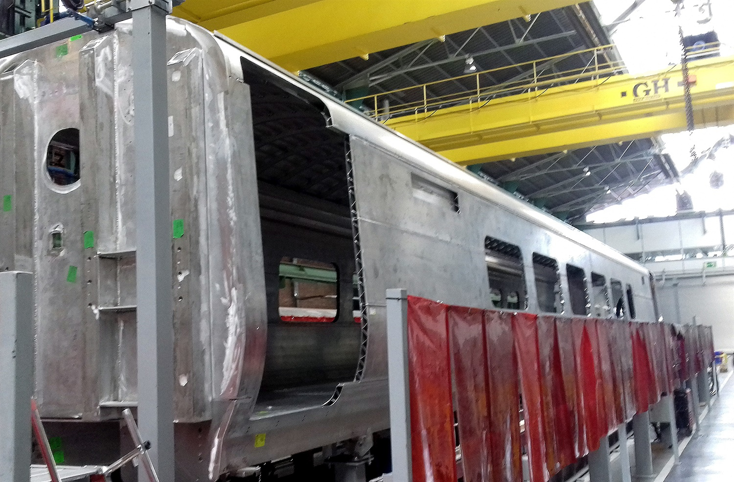 First bodyshell completed by CAF for new TPE fleet