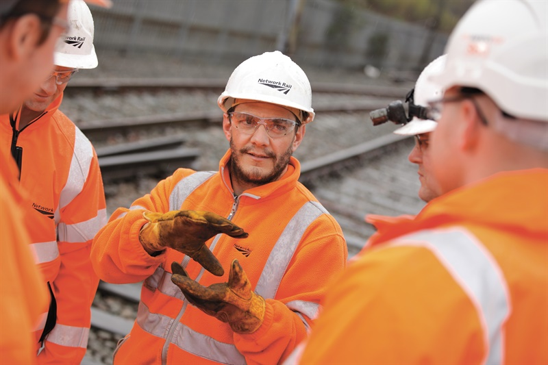 Network Rail awards £1.6bn in framework contracts