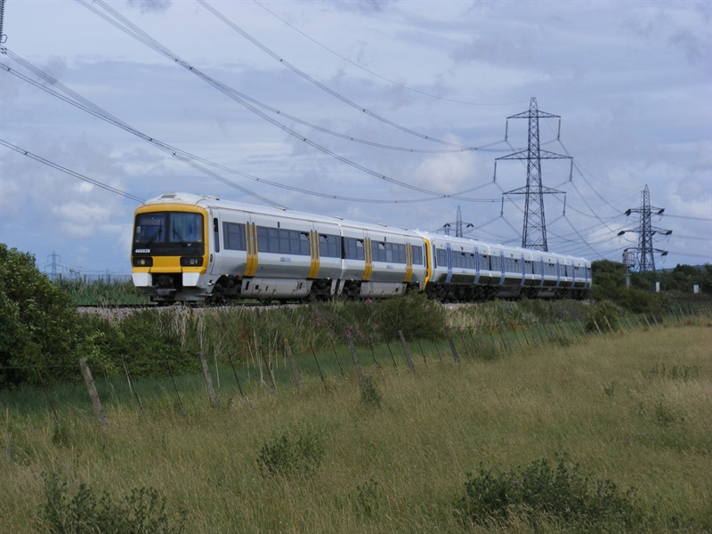 Southeastern rail franchise extended to 2018