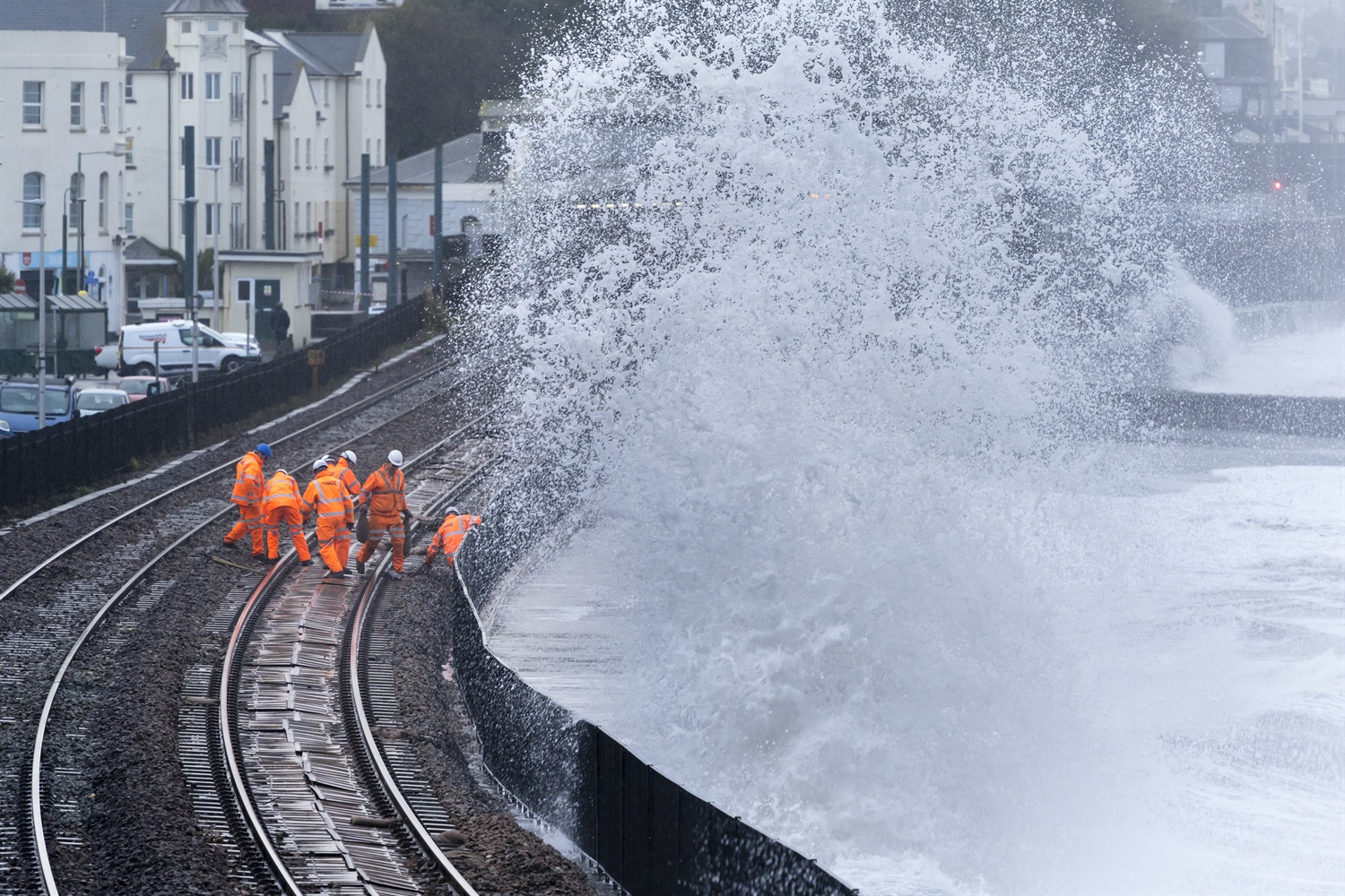 Long-awaited plans to build a sea wall to protect Dawlish rail line unveiled by Network Rail