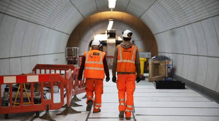 Crossrail clung to 'unrealistic' timeline as contract renegotiations cost an extra £2.5bn, NAO reports