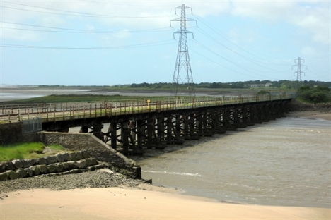 Crucial Loughor viaduct rebuild gets the go-ahead