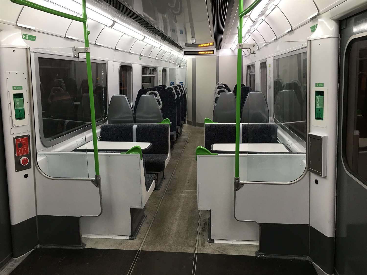 d-train middle car interior finished
