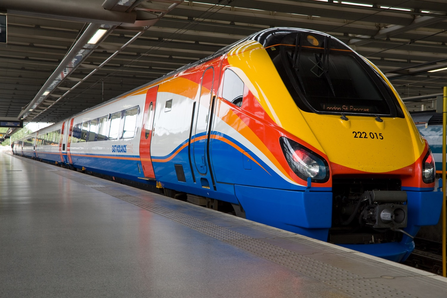 Stagecoach took £35m from rail franchise before abandoning East Coast Main Line