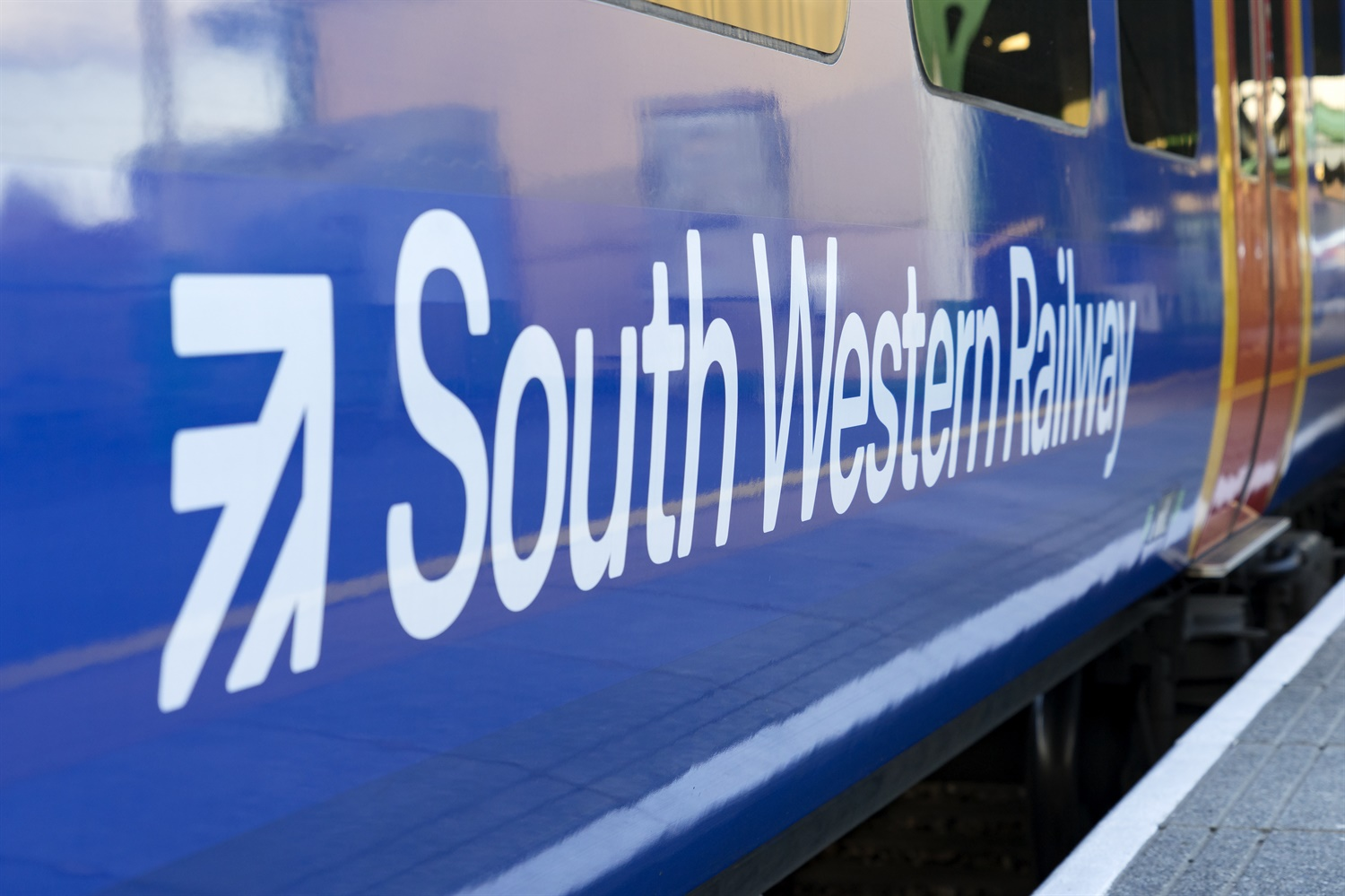 Network Rail accepts role in 'unacceptable SWR disruption' linked to poor recovery plans