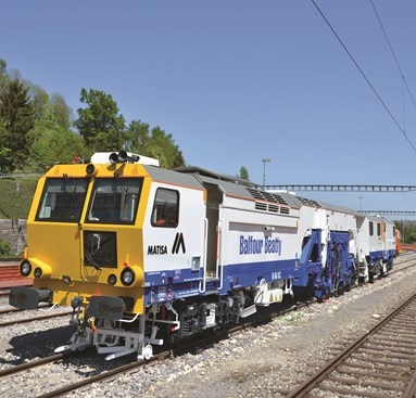 NR awards £115m track deal to Balfour Beatty