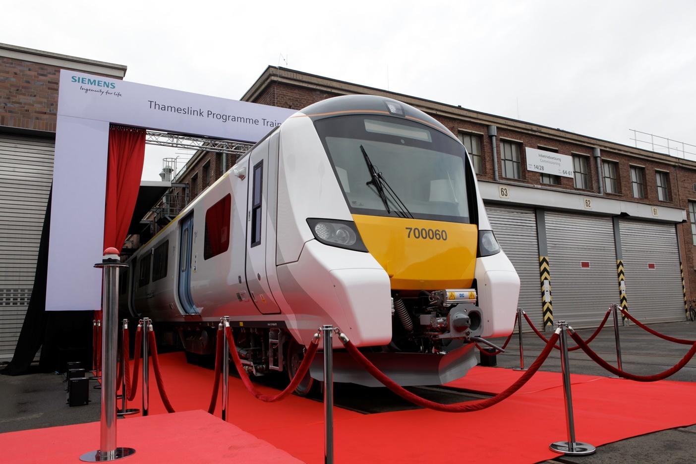 Final Thameslink Class 700 train rolls off production line