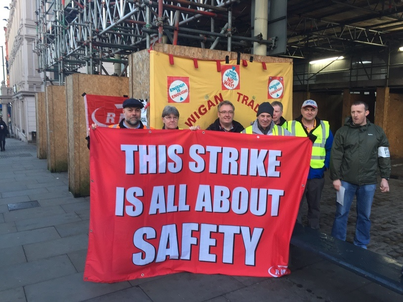 RMT announces new strike to cause Grand National travel mayhem